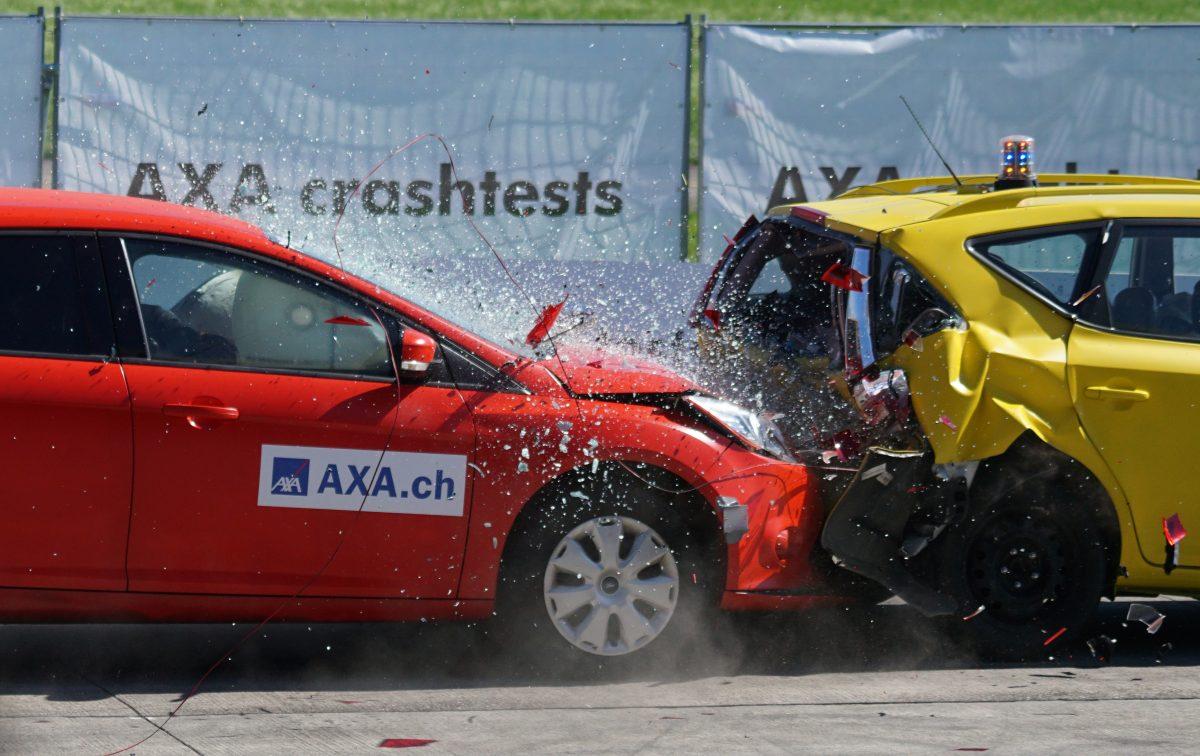 תאונת פגע וברח – מה עושים?