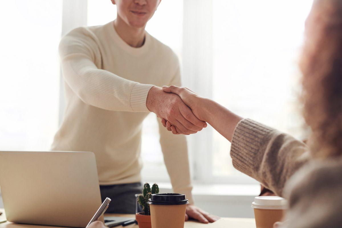 הסכם ממון אצל עורך דין במרכז